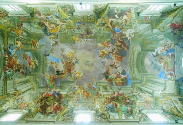 rome_santignazio_ceiling_hdr