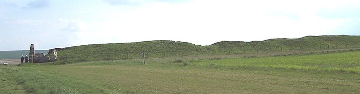 800px-west_kennet_long_barrow_from_north