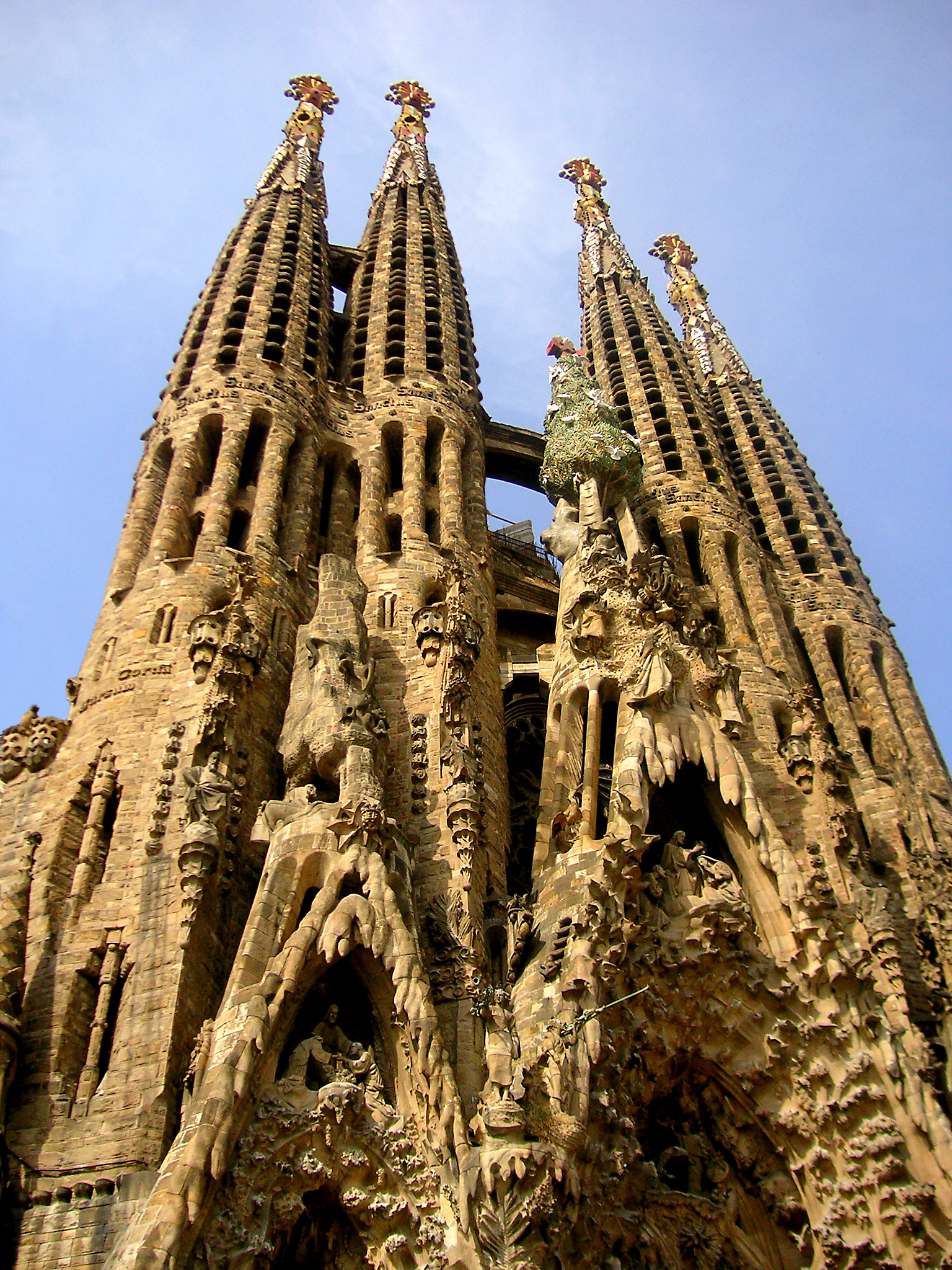 Architecture 101 for games designers animators draft for La sagrada familia barcelona spain