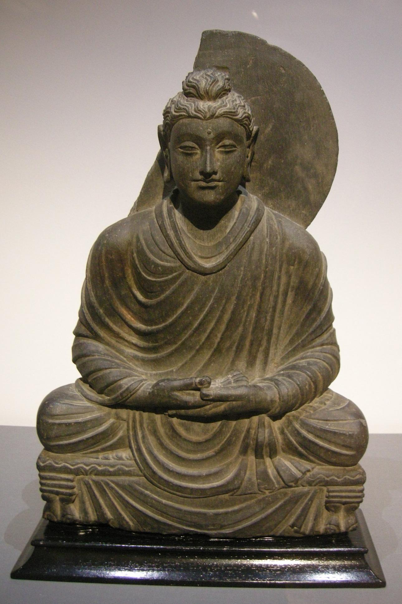 gandhara_buddha_in_scisto_ii-iv_secolo_dc