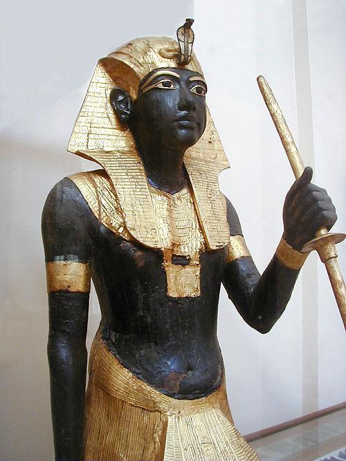 Tutanhkamun tomb statue posag Tutanchamona